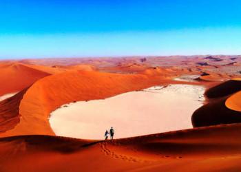 Blick auf den Dead Vlei bei Sossusvlei, Namib Wüste