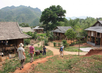 Wanderung im Mai Chau Tal