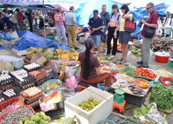 Sonntagsmarkt in Bac Ha