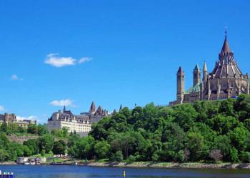 Parlament von Ottawa und Fairmont Hotel