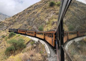 Zugfahrt von Sibambe nach Alausi