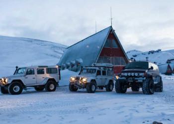 Superjeeps für das isländische Hochland