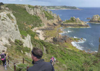 Wanderung auf dem Küstenpfad