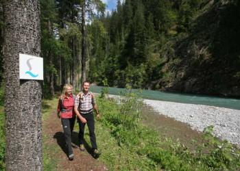Entlang des Lechs bei Elbigenalp