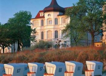 Villa und Strandkörbe in Binz