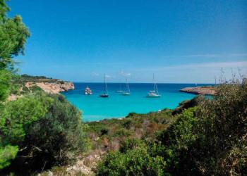 Blick auf die Cala Varques