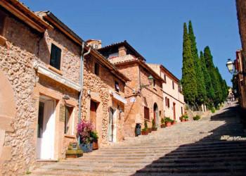 Dorf Pollenca