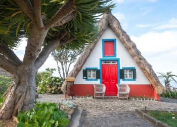 Strohdachhaus in Santana