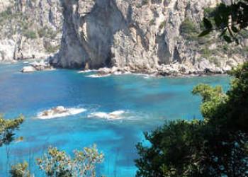 Steilküste bei Paleokastritsa