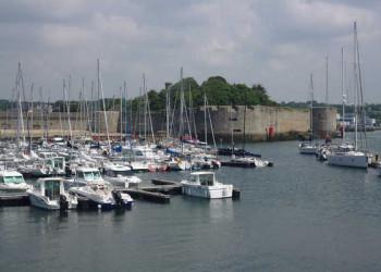 Yachthafen und Ville Close von Concarneau