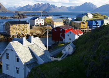 Ein norwegisches Dorf auf den Lofoten