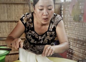 Traditionelle Herstellung von Reispapier in Vietnam