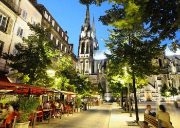Clermont-Ferrand an der Kathedrale