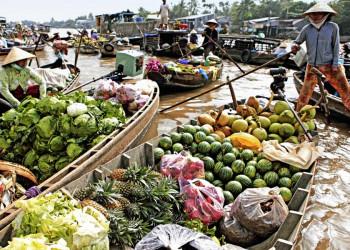 Schwimender Markt im Mekongdelta in Vietnam