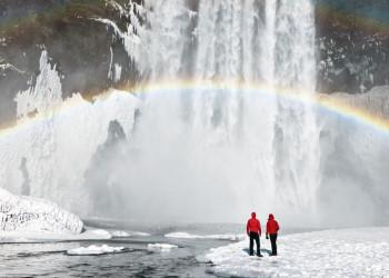 Islands Wasserfälle im Winter - echte Hingucker