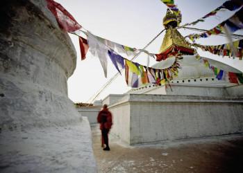Typisch Kathmandu - mystische Momente im Tempel