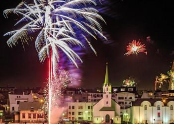 Silvester-Feuerwerk in Reykjavik