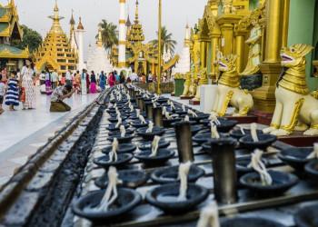 Die prächtige Shwedagon-Pagode in Yangon