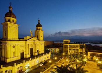 Blick auf die Kathedrale von Santiago de Cuba