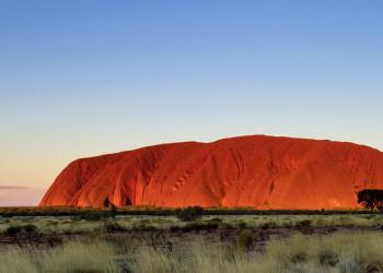 Der Ayers Rock (Uluru) im Roten Zentrum von Australien