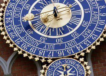 Uhr am Schwarzhäupterhaus