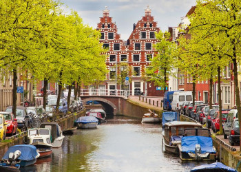 Gracht in den Niederlanden