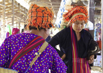 Markttag am Inlesee in Myanmar