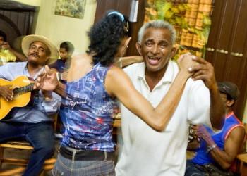 Livemusik in der Cafeteria Isabelica in Santiago de Cuba