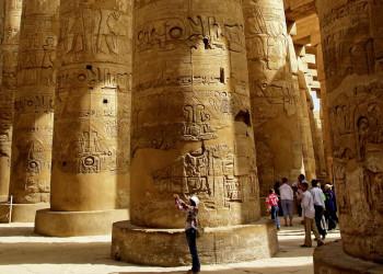 Säulen des Karnak-Tempels in Luxor