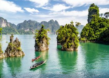 Mit dem Boot auf dem Chiao-Lan-See im Khao-Sok-Nationalpark