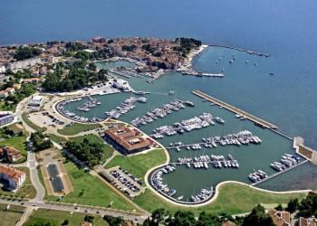 An der Adria: Hotel Nautica in Novigrad, Istrien