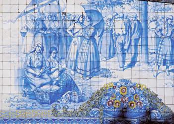 Azulejo-Bild mit traditionellem Motiv