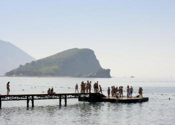 Erfrischende Stunden am montenegrinischen Meer