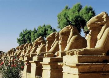 Die Sphingenallee zwischen Luxor- und Karnak-Tempel