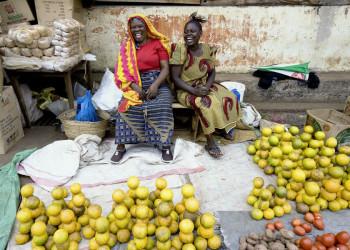 Gute Laune auf dem Markt von Arusha