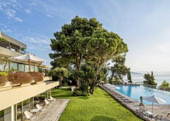 Das komfortable Badehotel Kontokali Bay auf Korfu