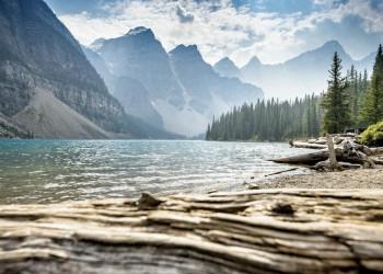 Großartige Bergwelt erwartet Sie am Moraine Lake