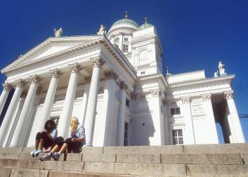 Strahlend weiß, die Domkirche von Helsinki