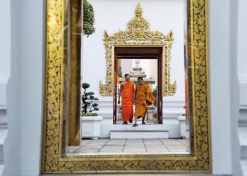 Buddhistische Mönche im Tempel Wat Pho in Bangkok