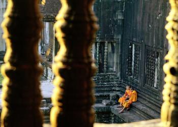 Mönche in den Tempeln von Angkor in Kambodscha