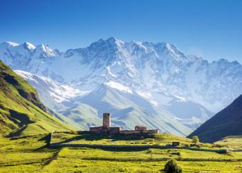 Die beeindruckende Kulisse des Großen Kaukasus