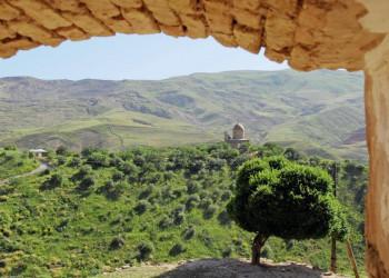 Moschee in den Bergen von Usbekistan