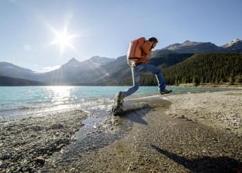 Daypack auf und gemeinsam ab in die kanadische Bergwelt der Rockies