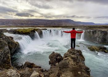 Unterwegs von Akureyri nach Husavik: der Wasserfall Godafoss