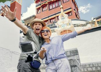 In Tibet findet sich immer die richtige Kulisse für ein Selfie