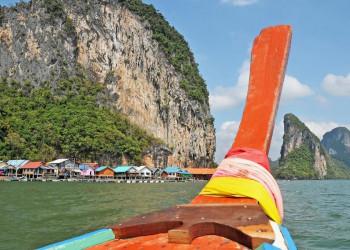 Mit dem Langschwanzboot unterwegs in Thailand