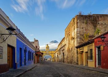 Die barocke Kleinstadt Antigua in Guatemala