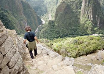 Blick von Machu Picchu ins Tal des Urubamba