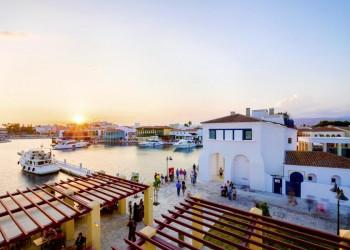 Abendstimmung im Hafen von Limassol auf Zypern