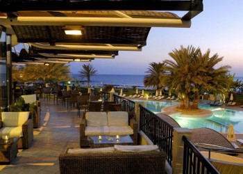 Das komfortable Badehotel Athena Beach in Paphos